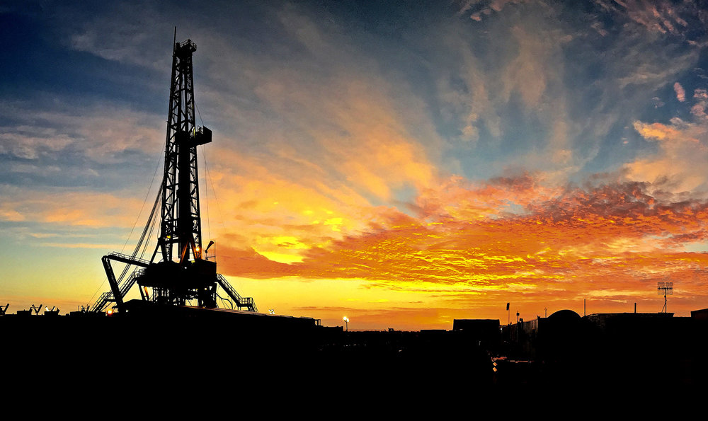Drilling machine equipment Farley Riggs showcase rig sunset