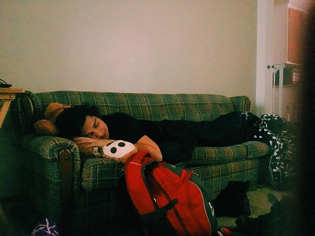 Only one teddy bear was drooled on in the making of this beautiful moment. #lilsleepytourbabe