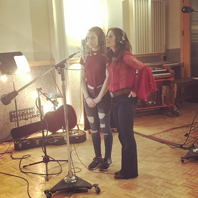 Nicole and Essence track backing vocals at Hyde Street Studios