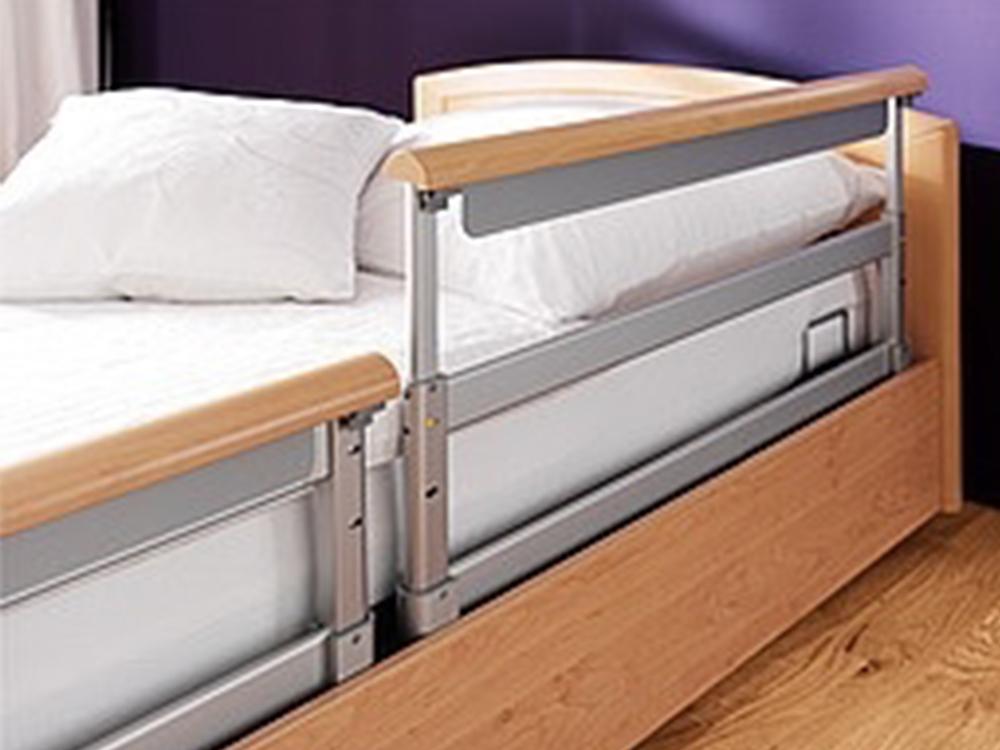 OSKA® Pressure Care Nursing Bed_Sentida 3 Pressure Care Nursing Bed_SafeFree side guards