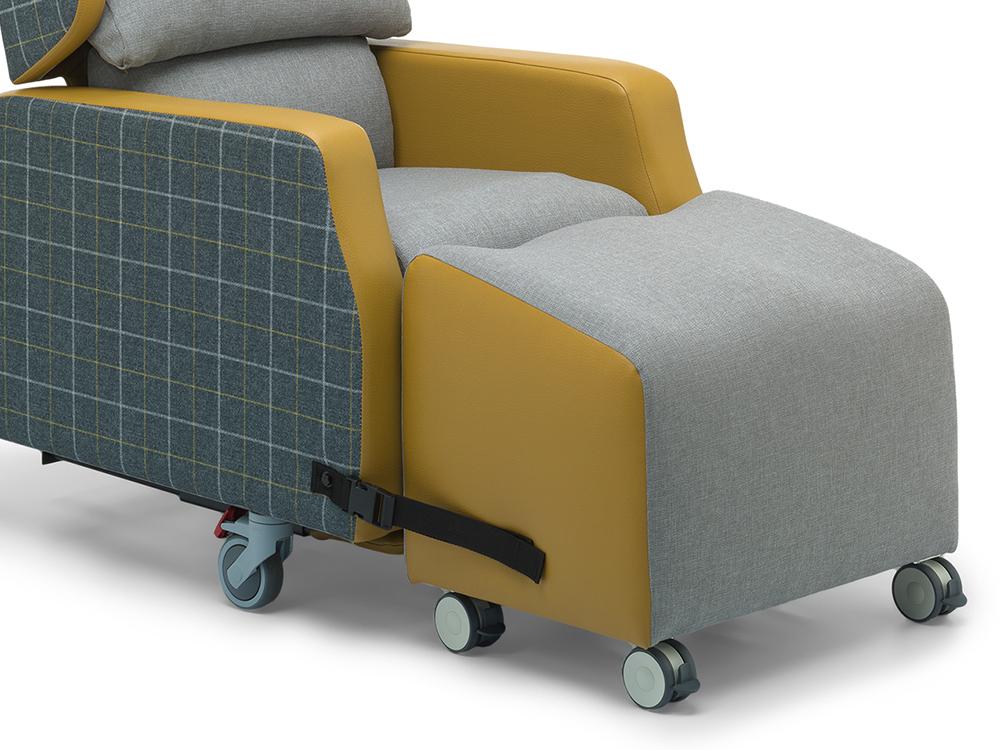 OSKA® Pressure Care Seating_OSKA Orient Pressure Care Seating_Additional leg support