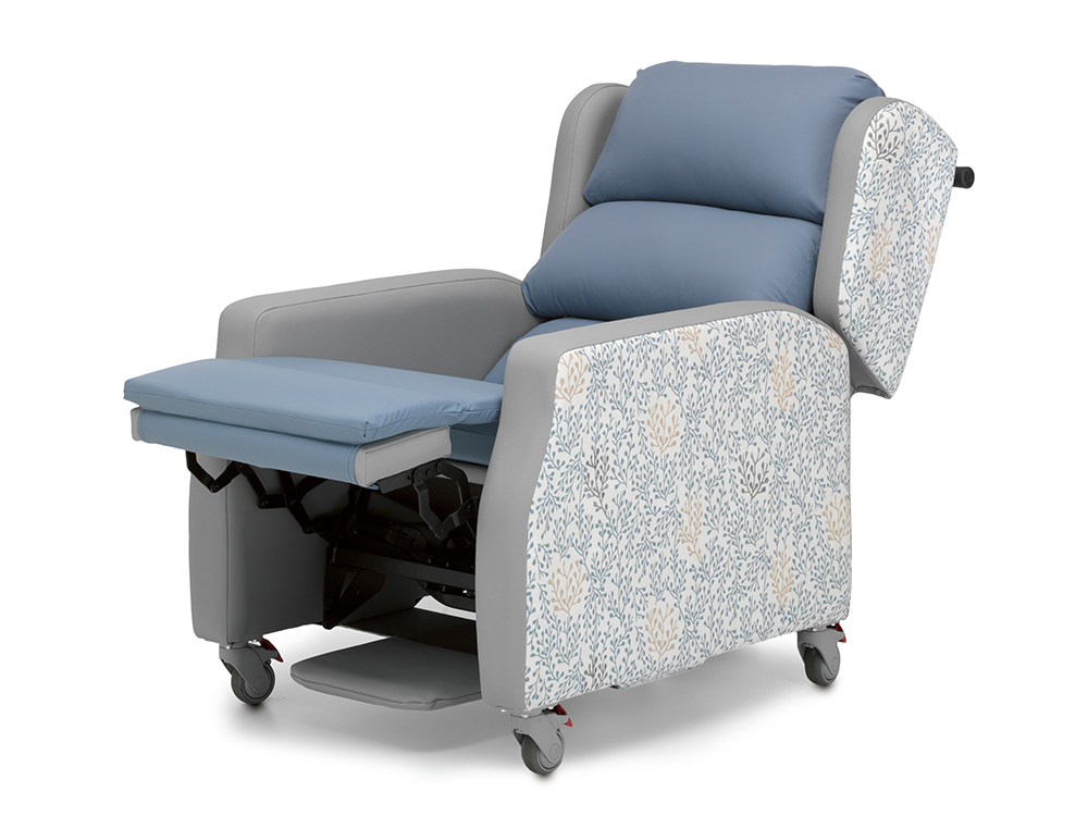 recline web.jpg