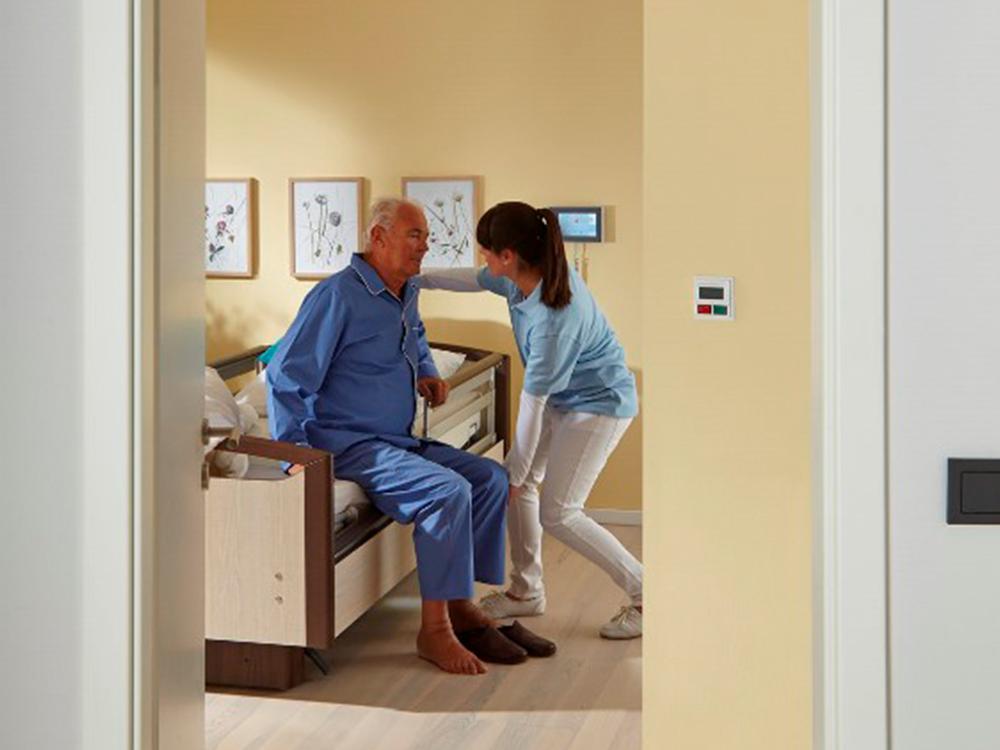 OSKA® Pressure Care Sentida 7i bed assist