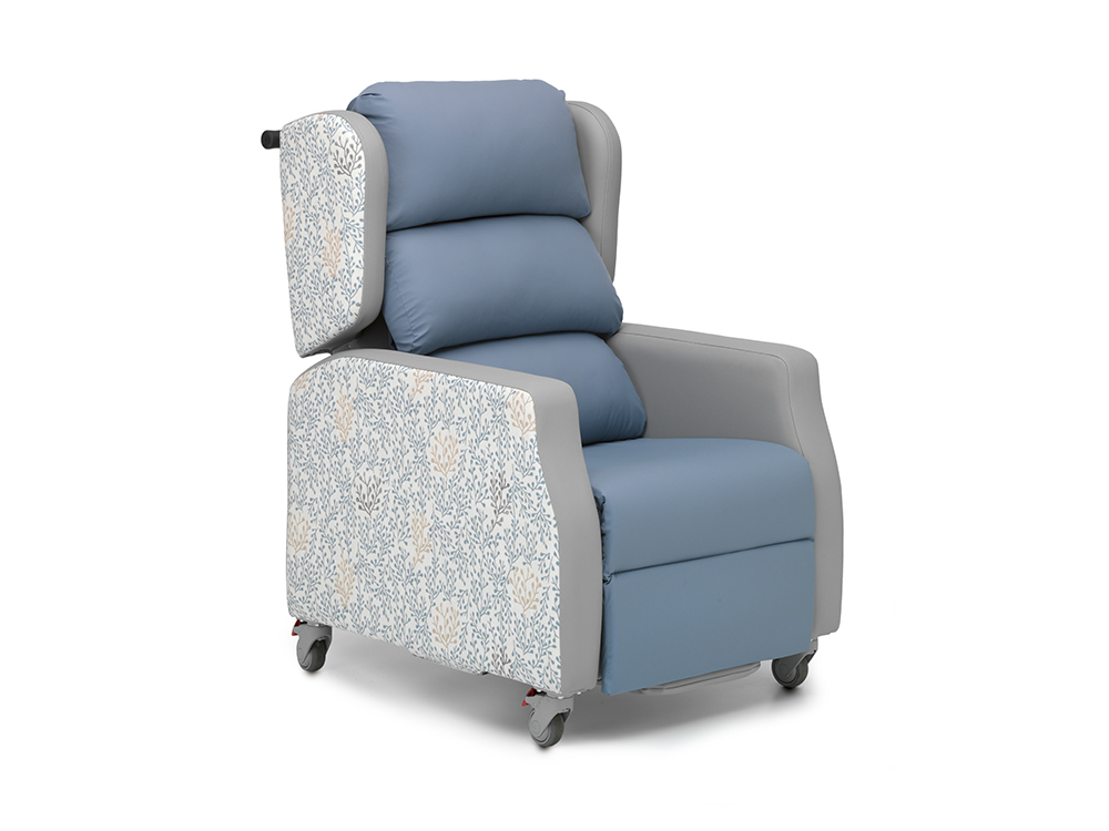 OSKA® Pressure Care Nimble Chair