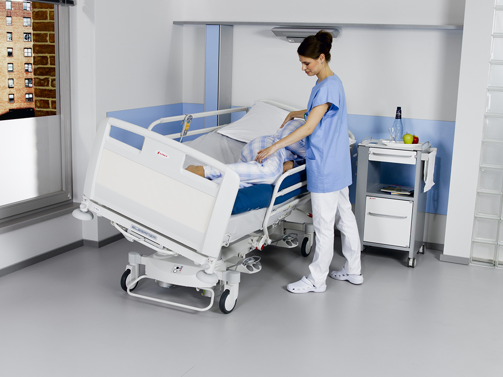 OSKA® Pressure Care Nursing beds_Latera Acute Pressure Care Bed_Lateral tilt