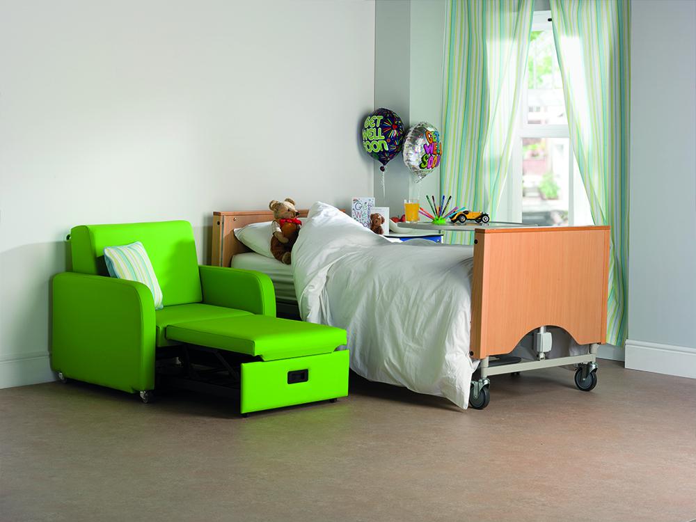 OSKA® Pressure Care Seating_OSKA OverNight Pressure Care Chair_Compact design