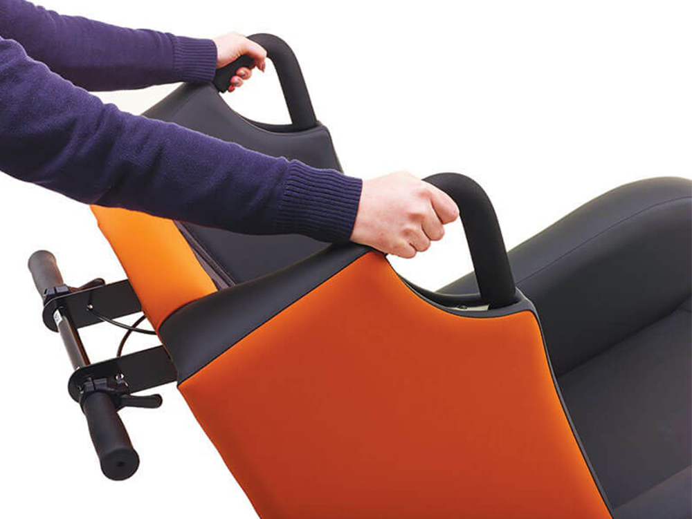 OSKA® Pressure Care Seating_OSKA Tune Pressure Care Chair_Easy to manoeuvre