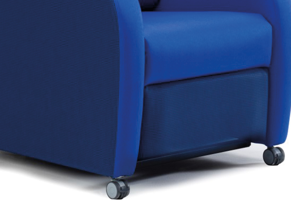 OSKA® Pressure Care Seating_OSKA Sierra Pressure Care Chair_Castors