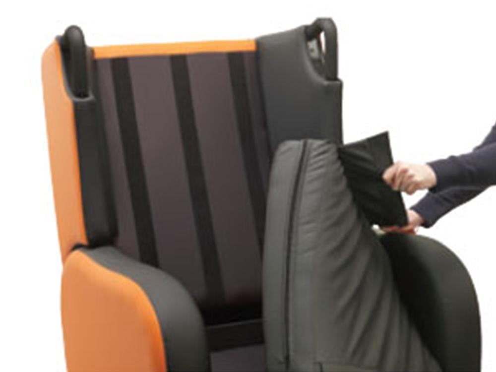 OSKA® Pressure Care Seating_OSKA Tune Pressure Care Chair_seat cushion