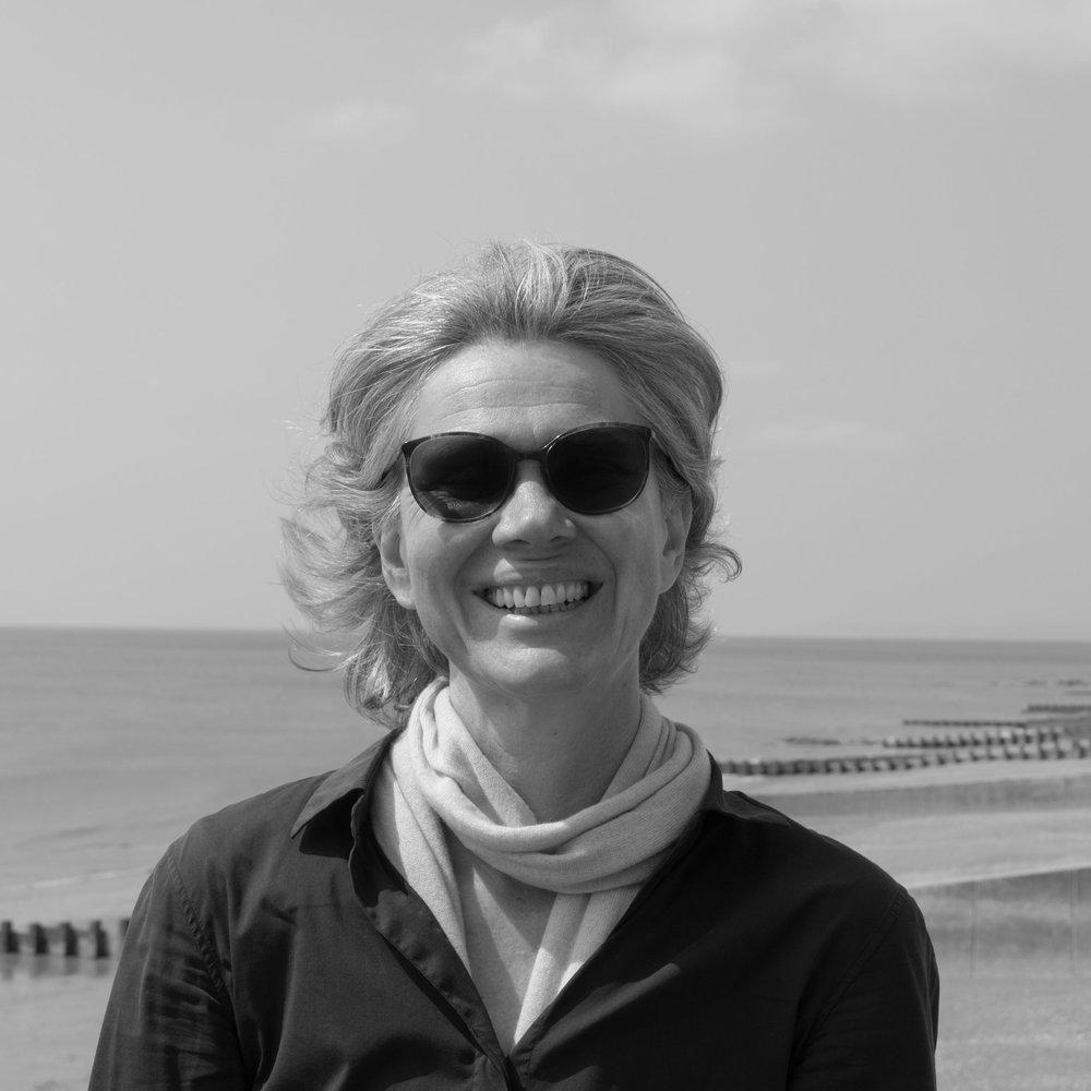 Sigrid Selzer.jpg