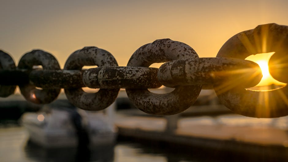 sunset chain at ocean.jpeg