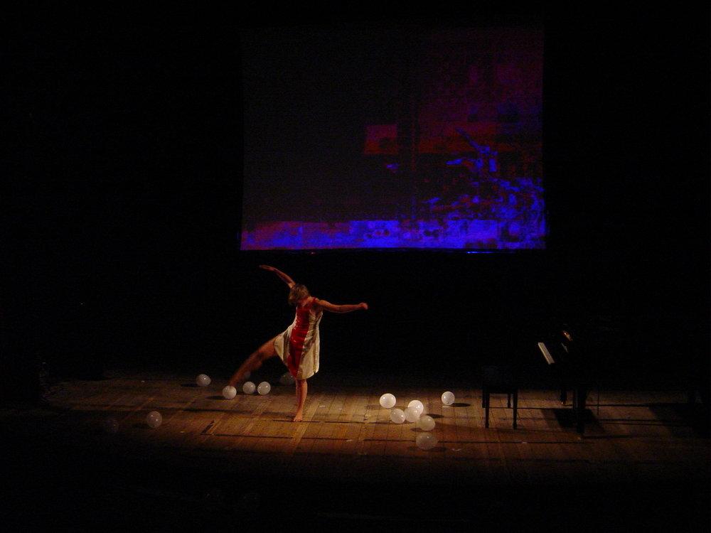 XV Biennial  of Brazilian Contemporary Music – Rio de Janeiro (2003). Work:   Reflect .  Dancer: Christina Towle