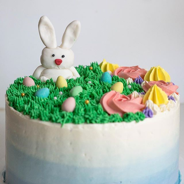 My cake decorating adventures continue with this Easter bunny cake. Major lesson learned this time around: don't leave cake unattended when your cat has an appreciation for Swiss meringue buttercream. Can't blame her, though 😹 . . . . . . . . . #gingybakes #eastercake #swissmeringuebuttercream #imsomartha #gloobyfood #inmykitchen #homemade #eeeeeats #heresmyfood #goodeats #baking #homebaking #feedfeed #thebakefeed #buzzfeast #todayfood #saveurmag #food52 #f52grams #igfood #forkyeah #instagood #eattherainbow #foodgram #foodblogger #huffposttaste #foodandwine #yahoofood #geniuskitchen #cakedecorating