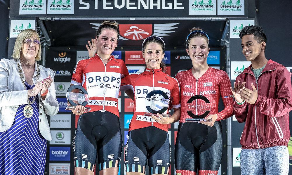 Manon-lloyd--trek-drops-rider-news-story.jpg