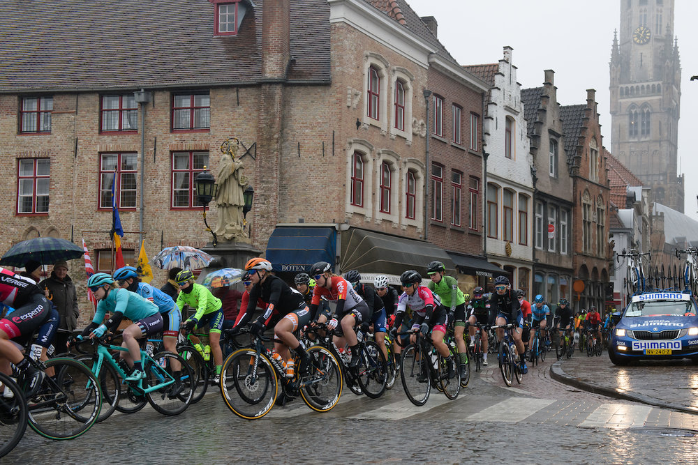 Peloton roll out of Brugge at Driedaagse Brugge - De Panne 2018 - a 151.7 km road race from Brugge to De Panne on March 22, 2018. Photo by Sean Robinson/Velofocus.com