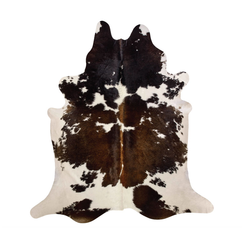BROWN & WHITE COWHIDE RUG   5'l x 7'h