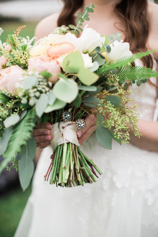 Allie Gabe s wedding-Favorites-0189 - Copy.jpg