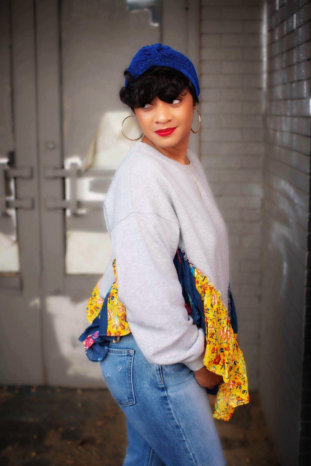 Free People - She's So Cute Sweatshirt    ,    Gap Cone Denim High Rise Crop Straight Jeans