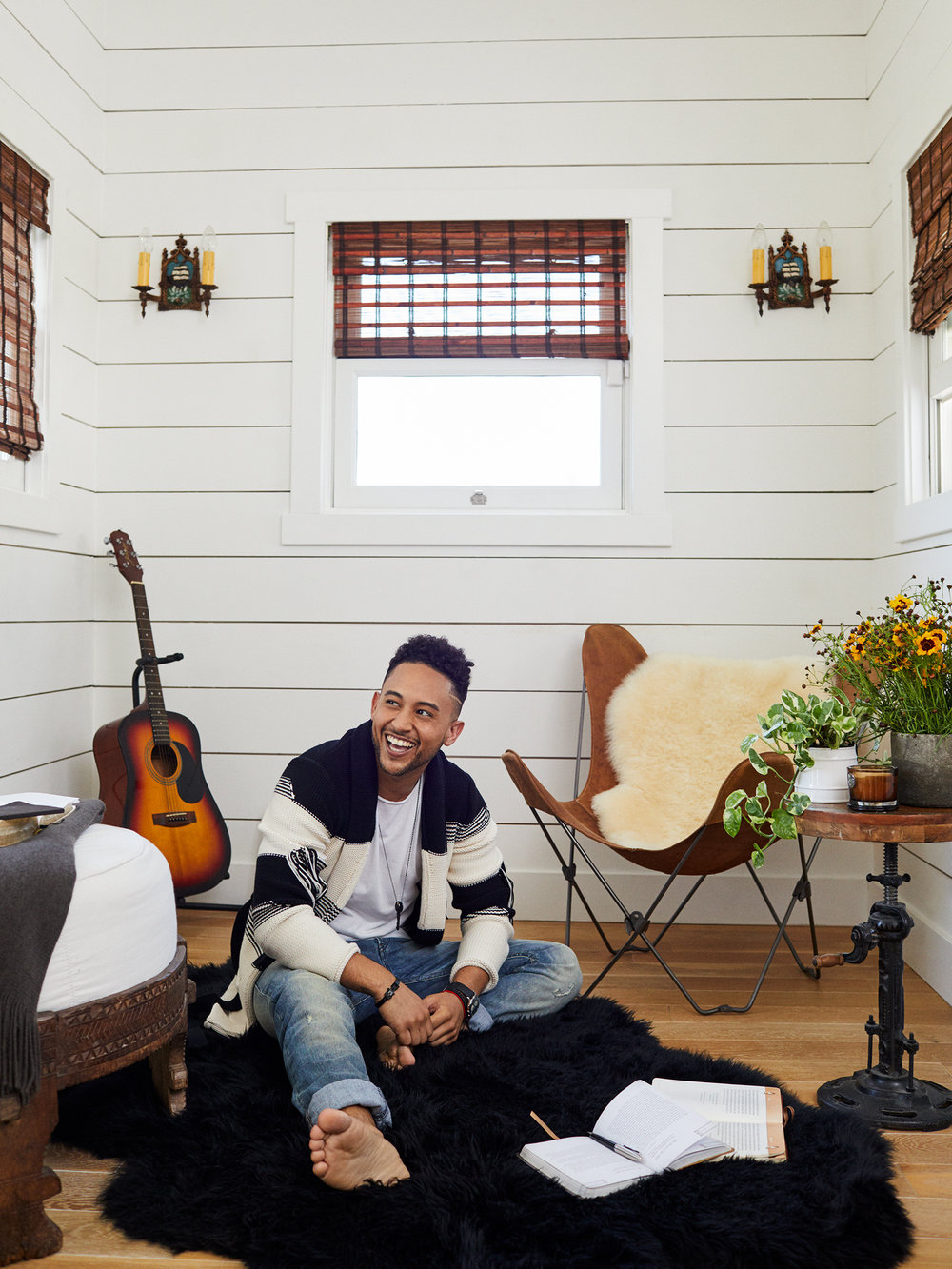 Tahj Mowry/People Hollywood At Home