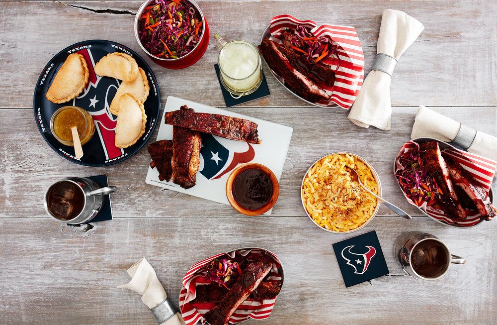 DINING_ROOM_BBQ_TEXANS_024.jpg