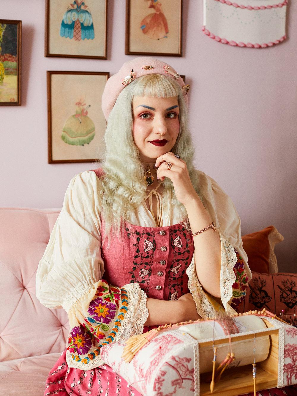 Elena Kanagy-Loux/ Bust