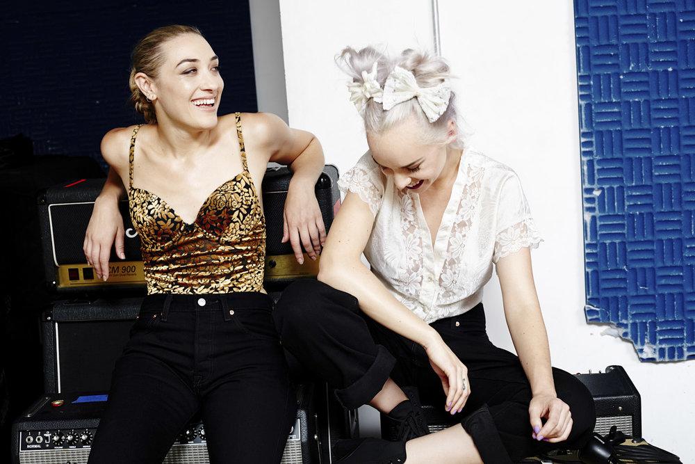 Margot Moe & Mia Moretti/Levi's