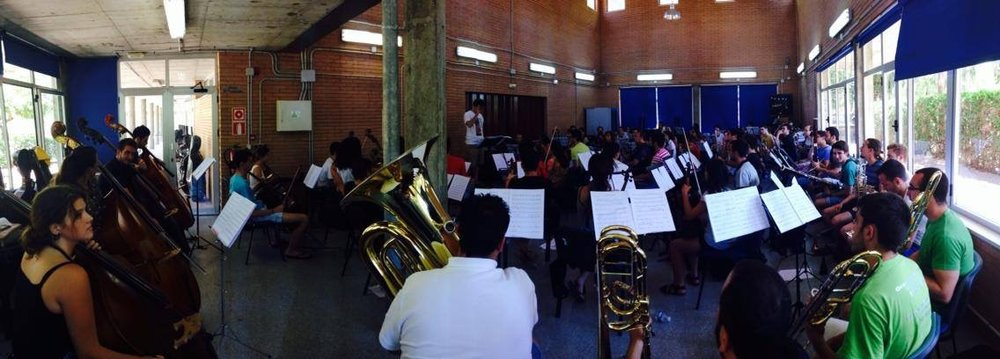 Rehearsals  with the Joven Orquesta de Córdoba.