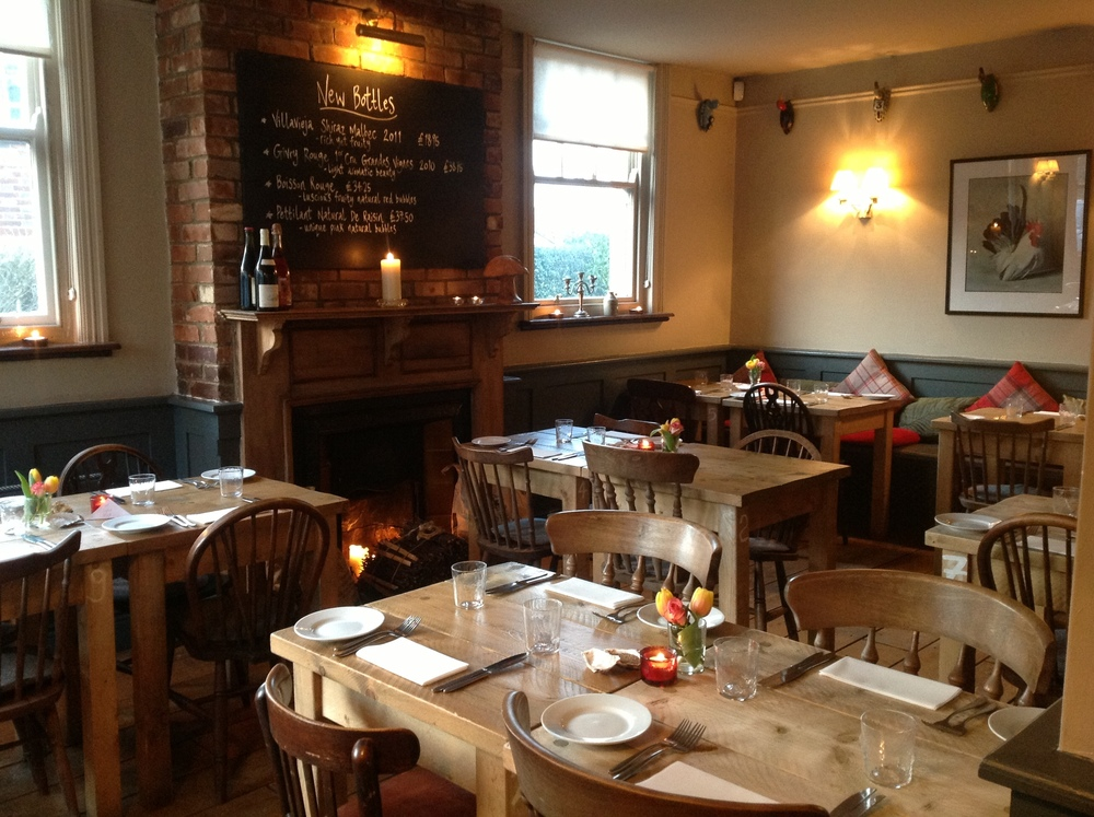 richmond-arms-eat-drink-gastro-pubs-large.jpg
