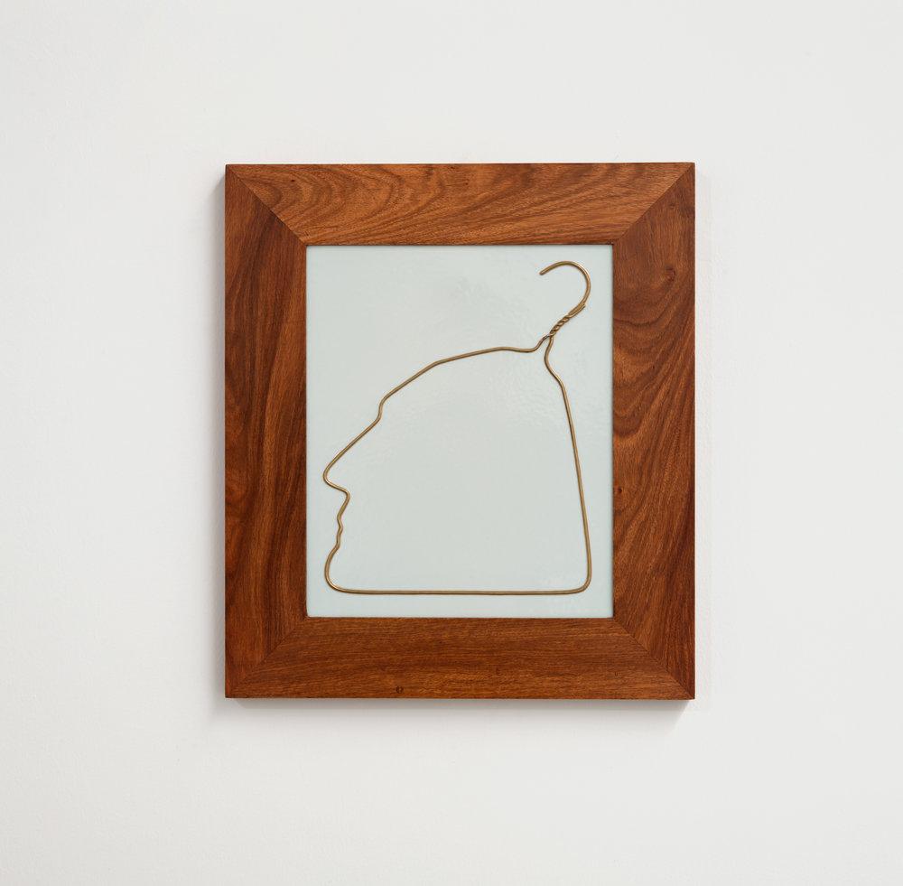 Hanging Man in Porcelain (Gold) , 2009, Porcelain,Courtesy of Ai Weiwei Studio & Sakip Sabanci Museum / Ai Weiwei Studio ve Sakıp Sabancı Müzesi izniyle.