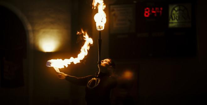 fireandiceerinonfire-660x335-1522837163.jpg
