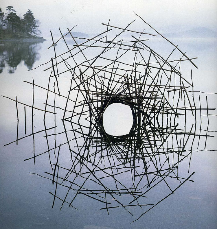 land-art-andy-goldsworthy-12.jpeg