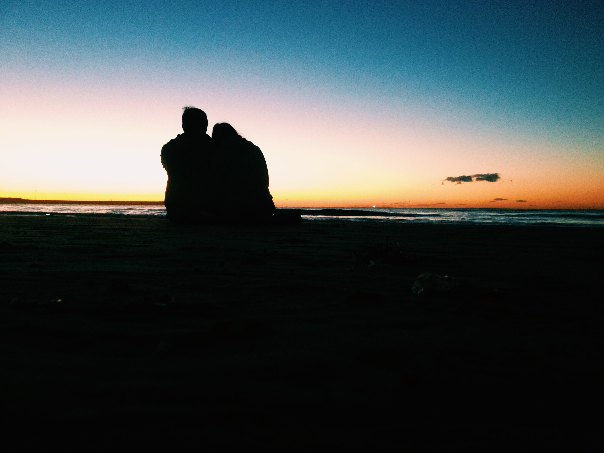 vlogging couple