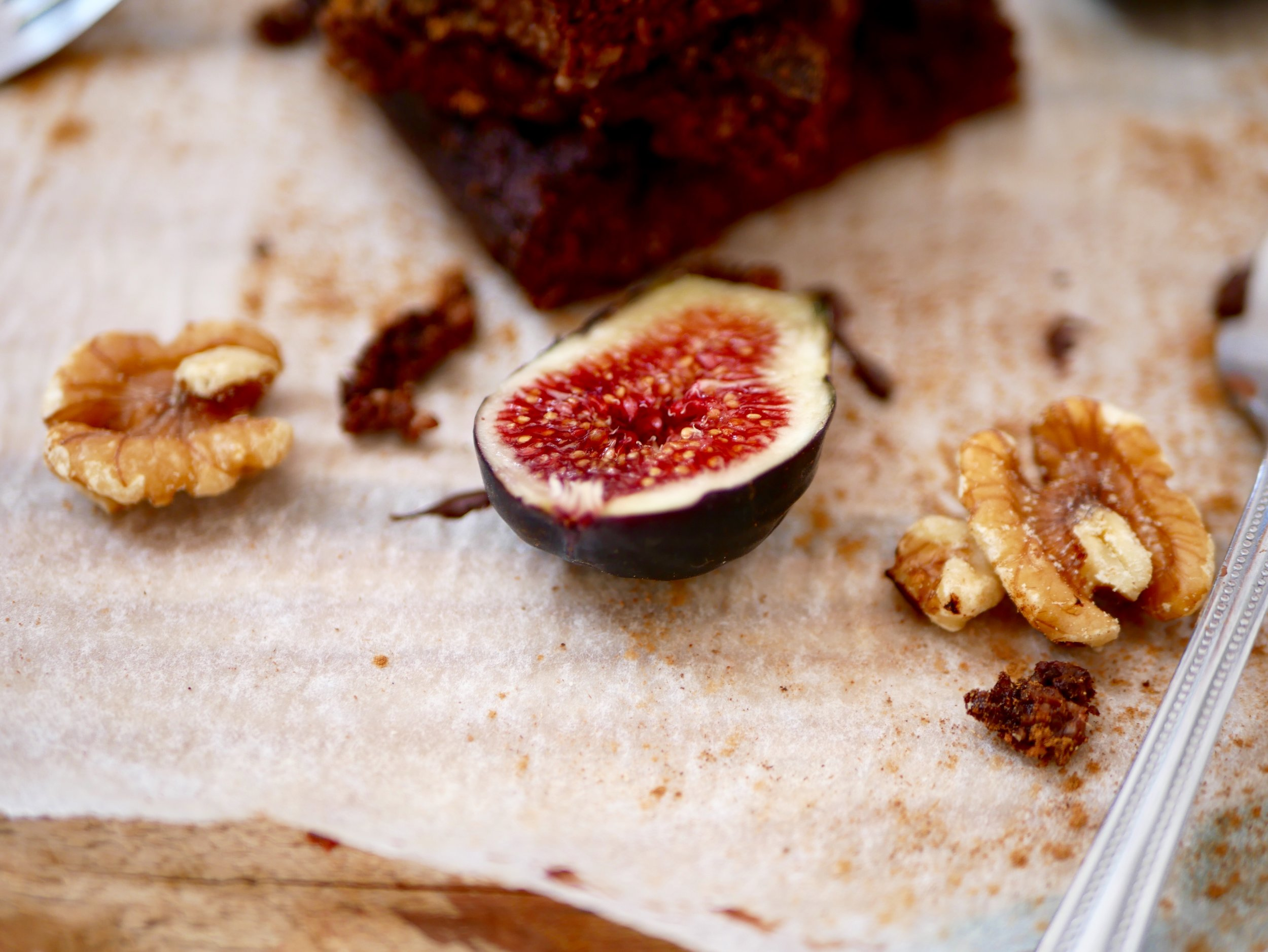 fig brownie by pe-ta.com