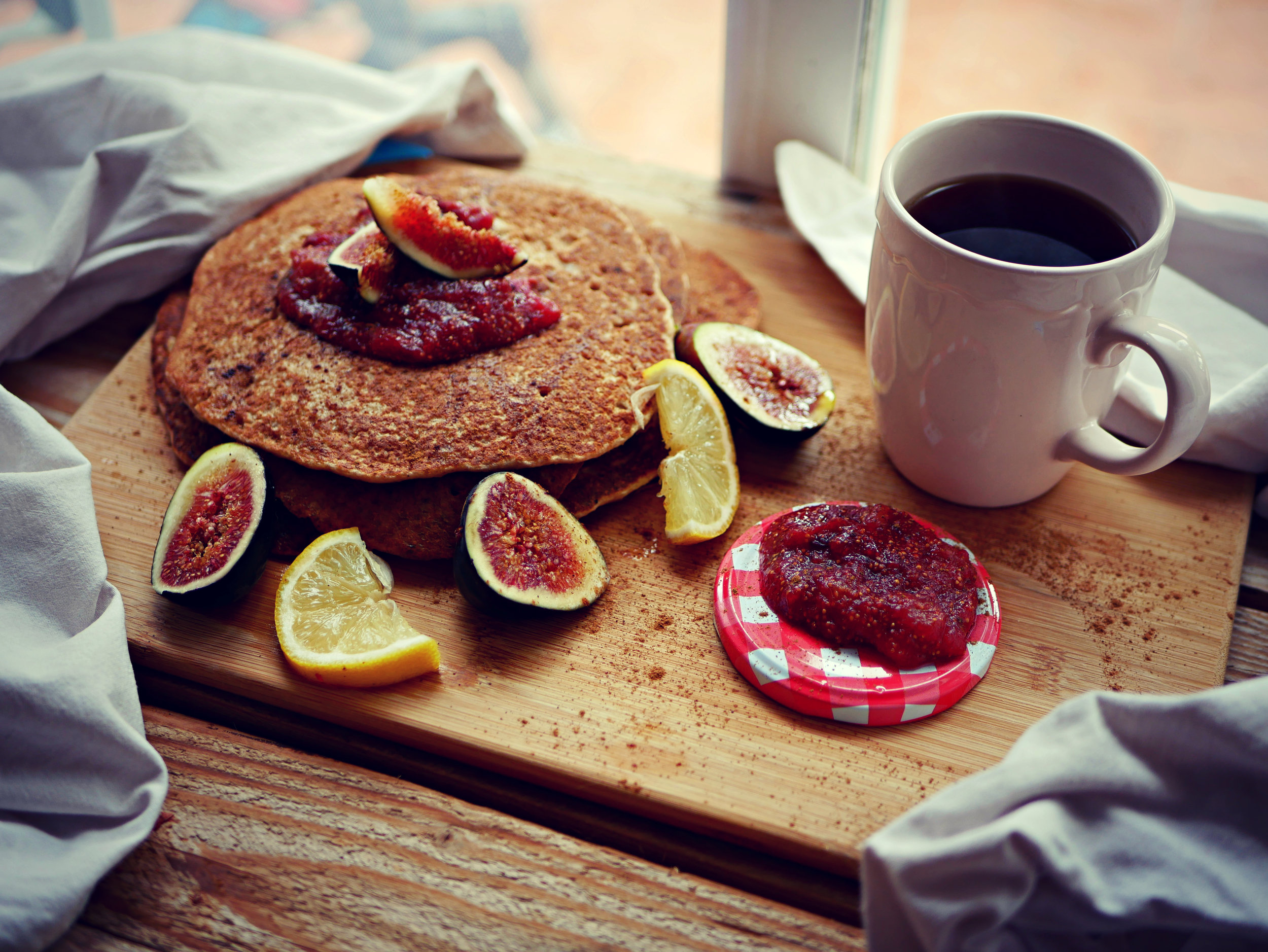Pancakes with fig jam