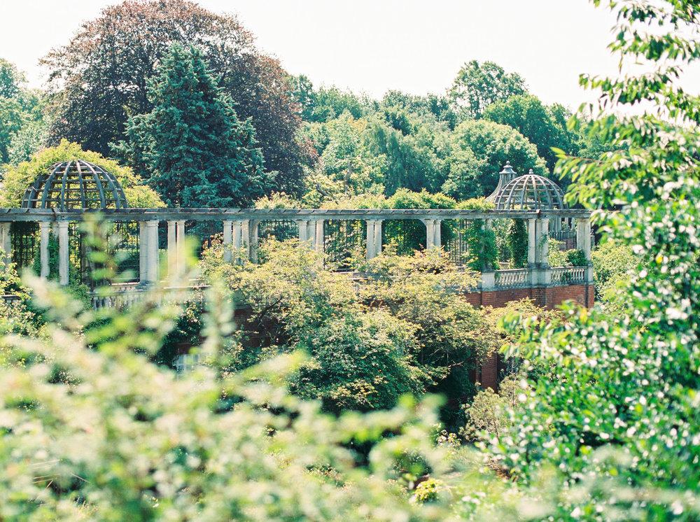 Amy O'Boyle Photography- Destination & UK Fine Art Film Wedding Photographer- The Pergola and Hill Garden Wedding-17.jpg