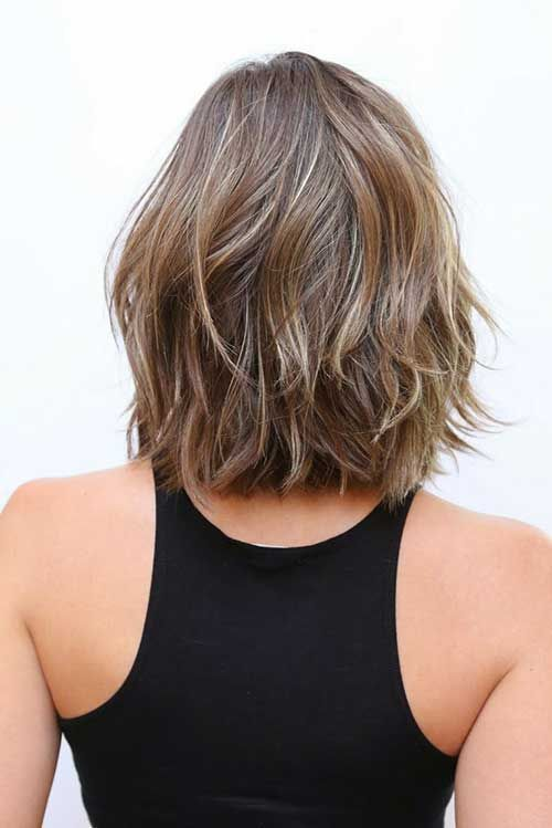 Best 25+ Medium short haircuts ideas on Pinterest | Shirt bob ...