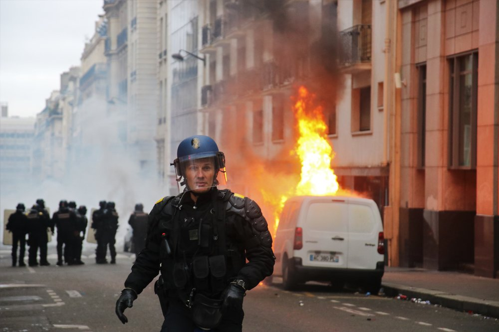 Paris, France. For the 4th week in a row riot police deal with the Gilets Jaunes (Yellow Vest) movement