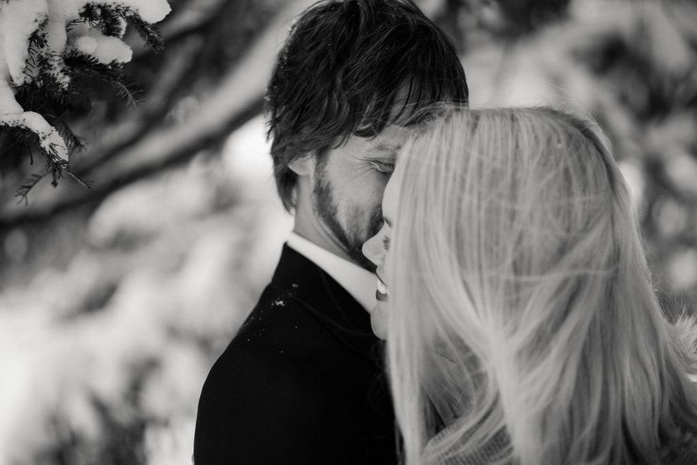 katie_graham_photography_wedding_photographer_destination_wedding_elopement_chautauqua_bemus_point_lakewood_jamestown_buffalo_new_york_erie_pennsylvania_portland_new_york