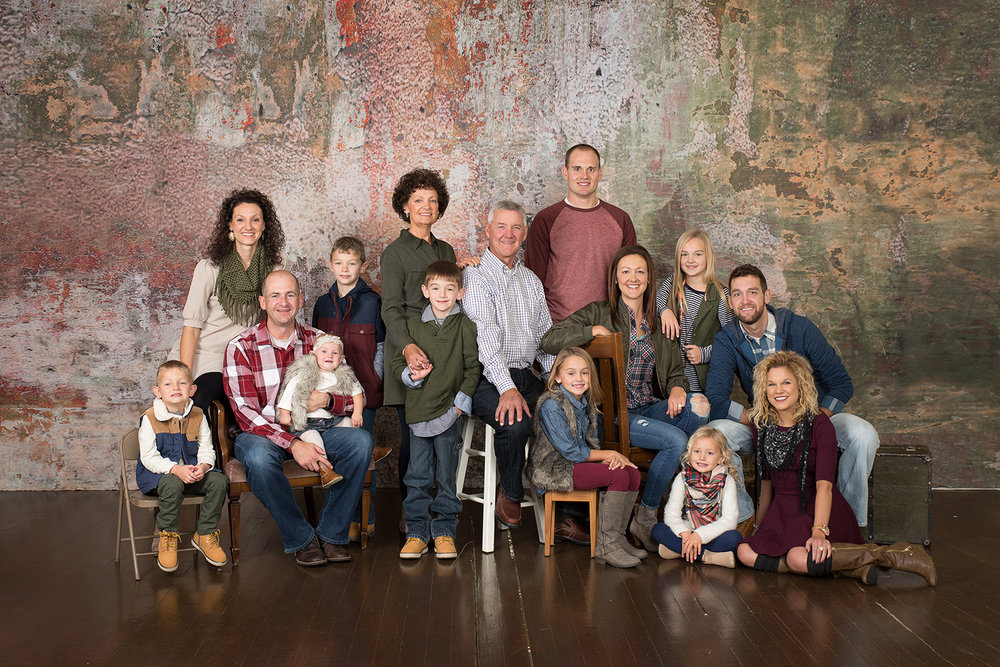 Yorkshire Ohio, family clothing, indoor family, studio session, studio backdrop, extended family, large family