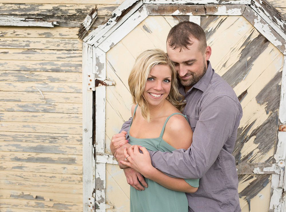 Covington Ohio, rustic location, modern engagement photography