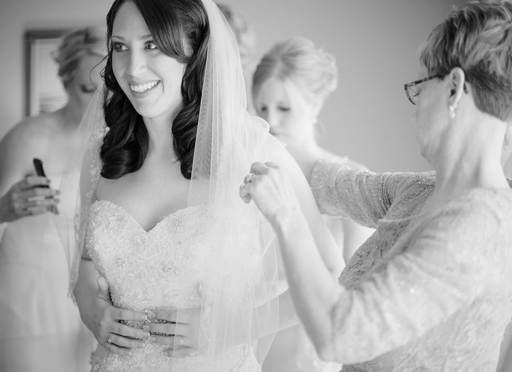 Coldwater Ohio, modern wedding photography, black and white photography, storytelling photography, bride getting ready