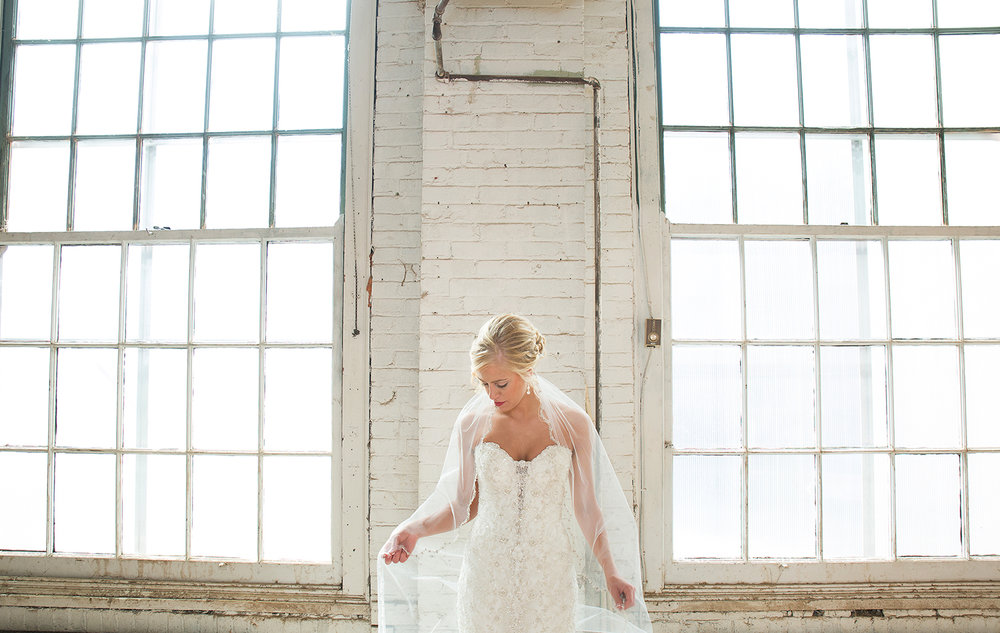 Dayton Ohio, modern bride, cathedral veil, warehouse wedding, modern wedding photography, storytelling photography
