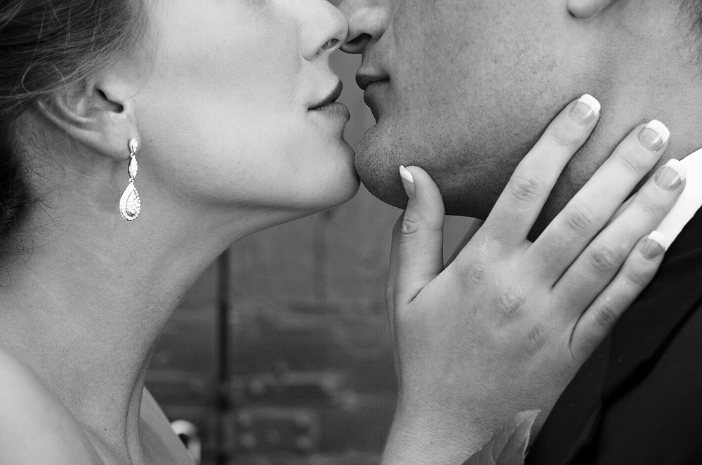 Lexington Kentucky, lovestory photography, romantic photography, black and white photography
