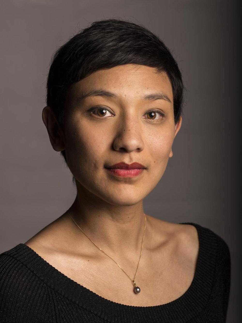 Jennifer Pellagaud - SopranJ'aspire à ces quelques instants de grâce où mon corps devient un medium entre l'œuvre et le public. C'est au chant que je les dois.