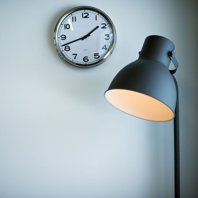 Les journées passent tellement vite que nous n'avons pas vraiment le temps de regarder l'horloge! 🕗 😆 #productivefriday #adgencylife #marketingagency