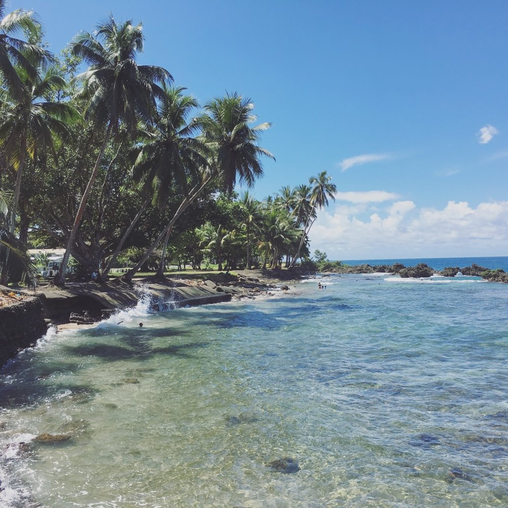 Weird when you're the only tourist at the best beach in town 🏝 payoff of traveling in Papua New Guinea :)  #png   #papuanewguinea   #madang   #palmtreelife   #yearoftravel   #solofemaletravel   #travelblog   #pathunwritten