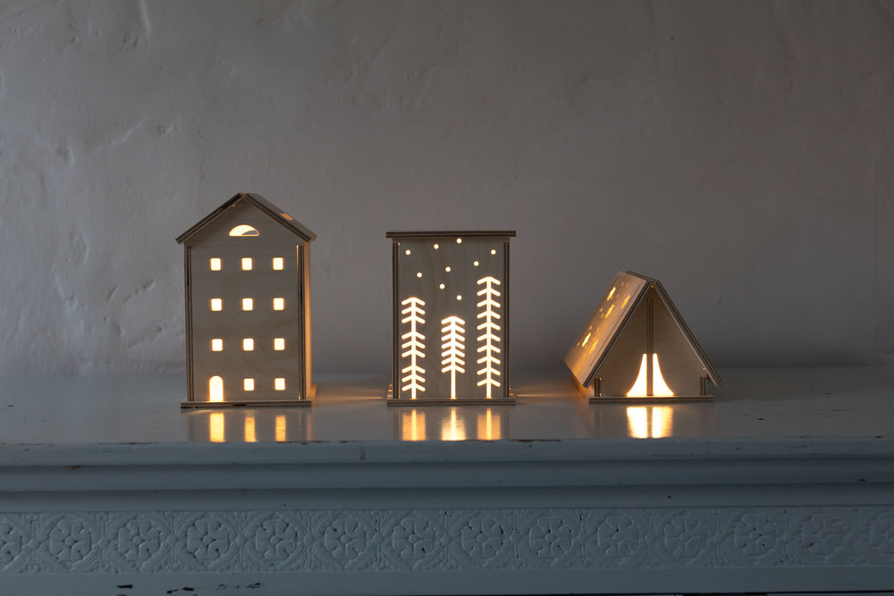 ON - Bright Corner Wooden Lights - Townhouse, Woodland & Star Tent