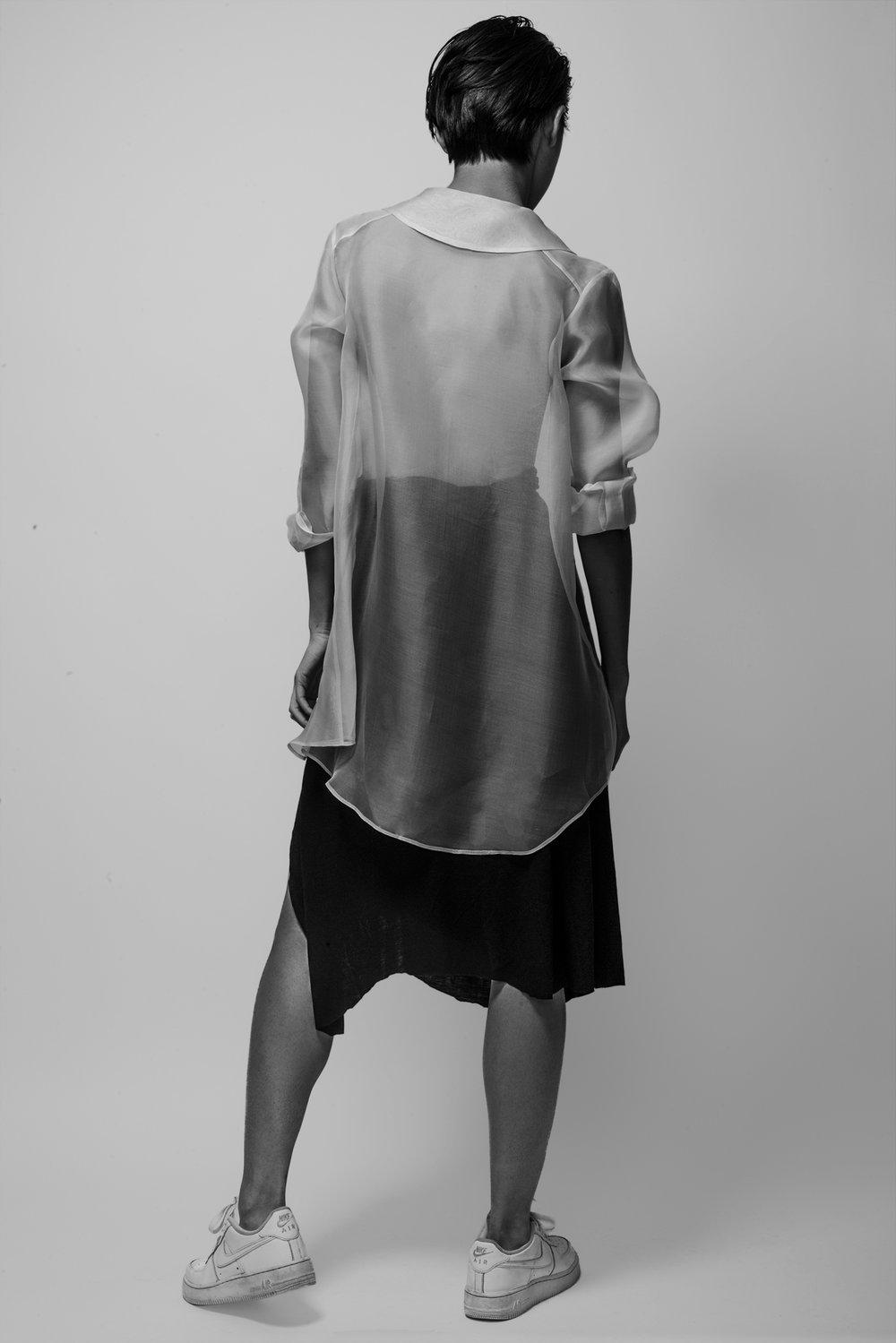 Photographer: Allen Chiu Model: Yanjin Li Stylist: Jasmine Kim Make up and hair artist: Christine Arndt