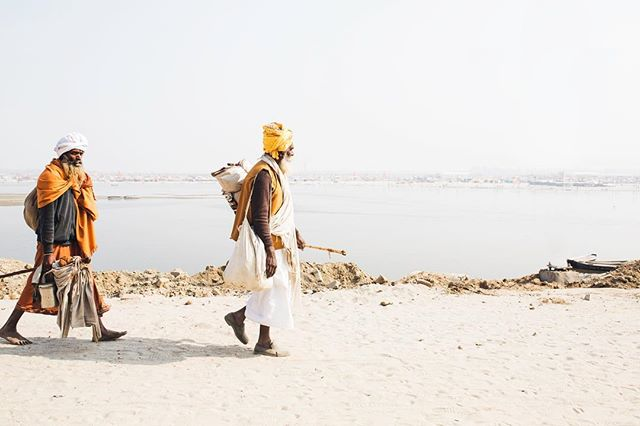 i leave my human nature to unfold according to its destiny. i remain as I AM. - sri nisargadatta . . babas walk along the banks of mother ganges in the light of the afternoon. . . prayagraj, india | #emoryhallphotography #india #prayagraj #yoga #travel #wander #explore #travelphotography #realyoga #truth