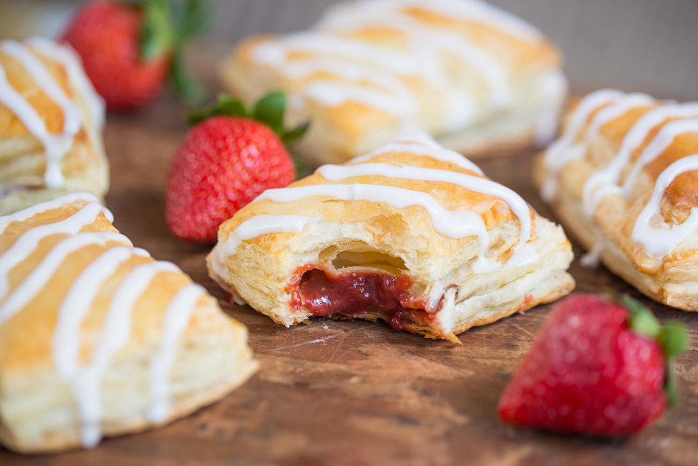 mixed-and-measured-strawberry-toaster-strudel-puff-pastry-28.jpg